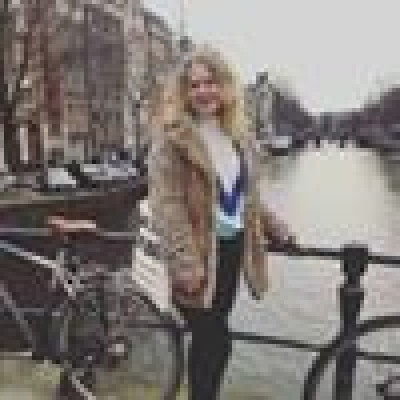 Joline zoekt een Kamer/Studio/Appartement in Den Bosch