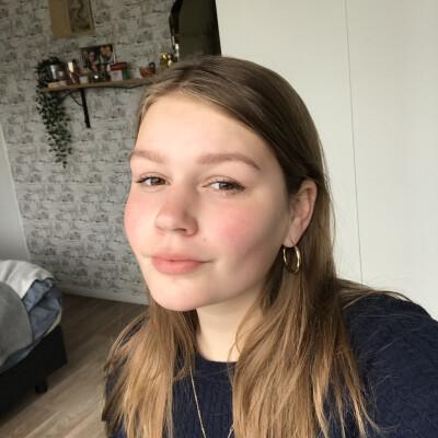 Amelie zoekt een Kamer / Studio / Appartement in Den Bosch
