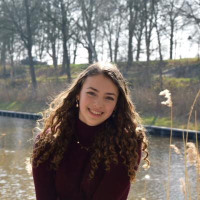 Danique zoekt een Kamer / Studio / Appartement in Den Bosch