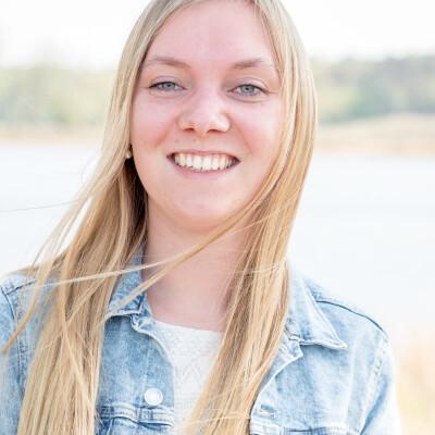 Tineke zoekt een Kamer / Studio / Appartement in Den Bosch